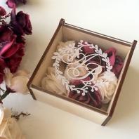 Коробочки для свадебных колец неочень